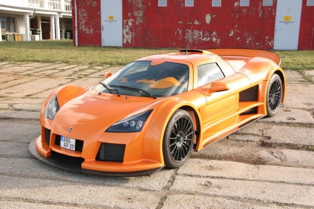 2013 Gumpert Apollo (1)