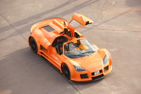 2013 Gumpert Apollo (2)