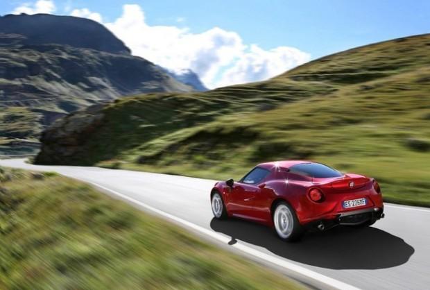 2014 Alfa Romeo 4c (2)