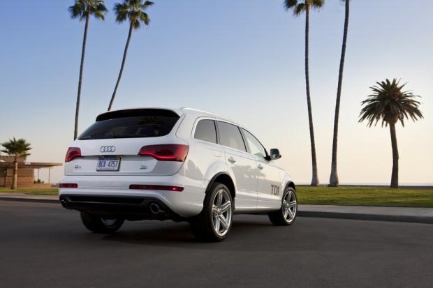 2014 Audi Q7 (2)