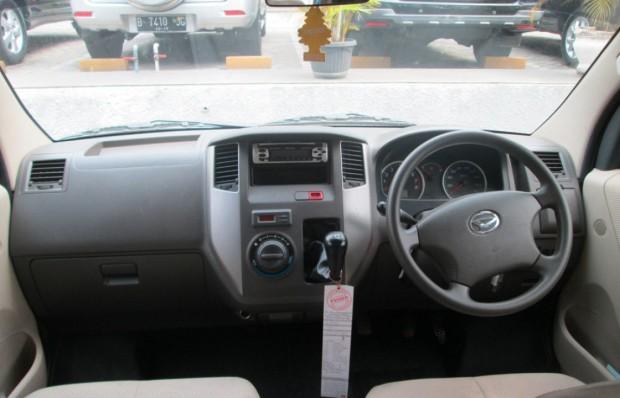 2014 Daihatsu Luxio