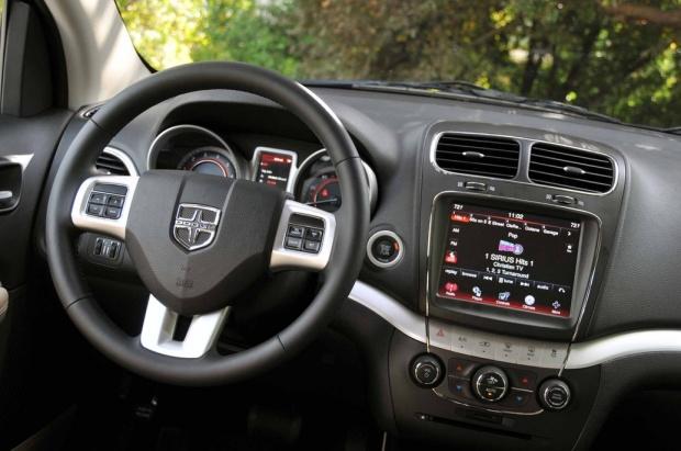 Mobil Dodge Journey 2014