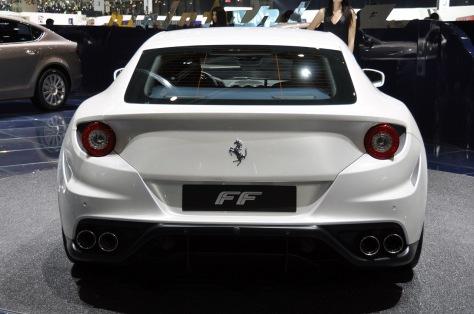 2014 Ferrari FF (1)