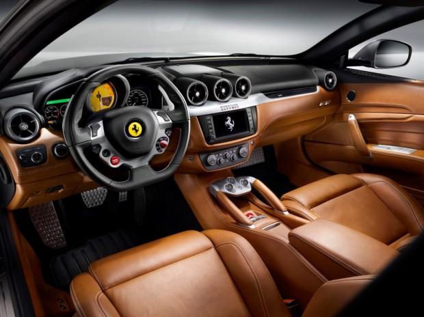 2014 Ferrari FF (2)