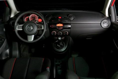 2014 Mazda2 Hatchback (4)