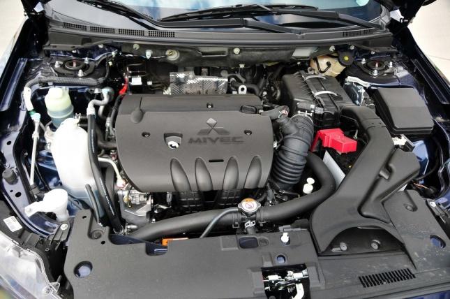 2014 Mitsubishi Lancer GT (3)