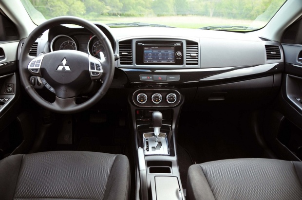 2014 Mitsubishi Lancer GT (6)