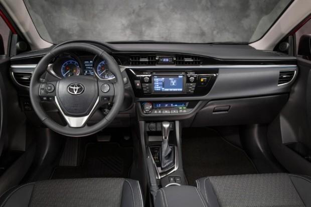 2014 Toyota Corolla (3)