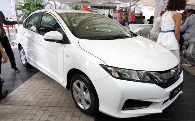 Honda City S 2014 (2)
