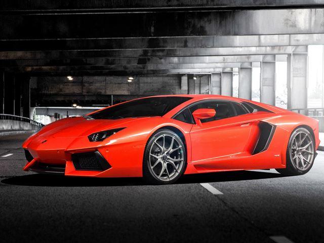Lamborghini Aventador (6)