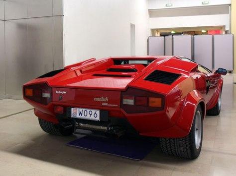 1985 Lamborghini Countach LP5000S QV 1