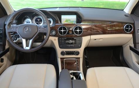 2013 Mercedez Benz GLK250 (3)