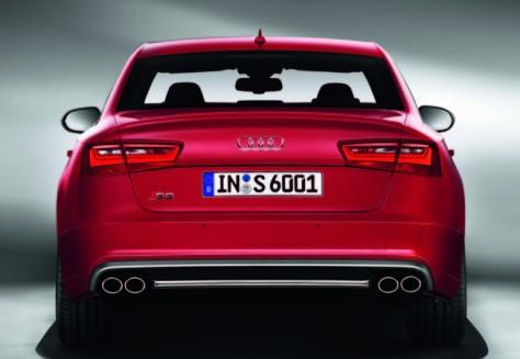 2014 Mobil Audi S6 (2)