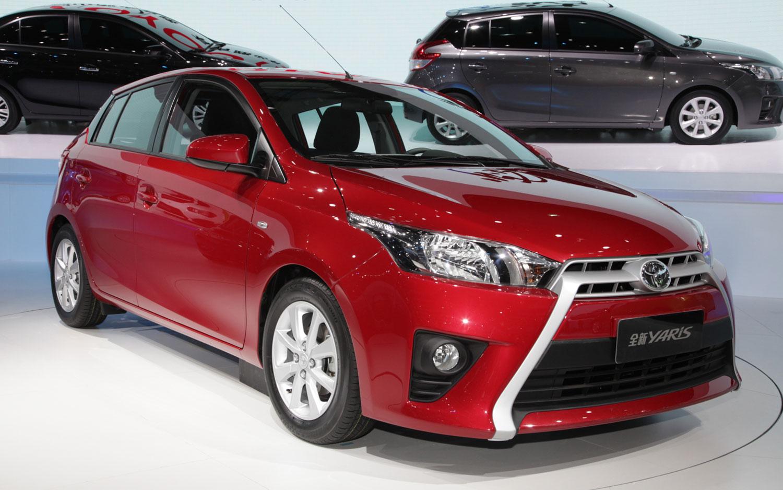 Toyota Yaris автомат или робот #5