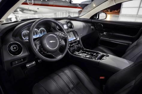 2015 Jaguar XJ (3)