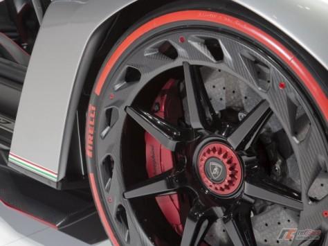 Lamborghini Veneno (4)