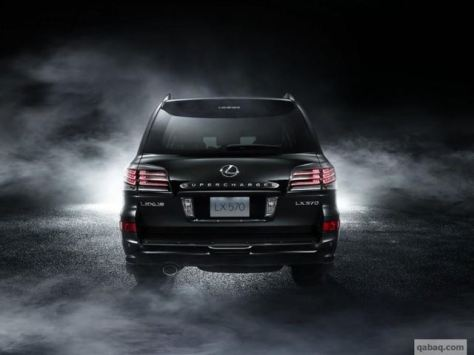Lexus LX 570 Special Edition Rear