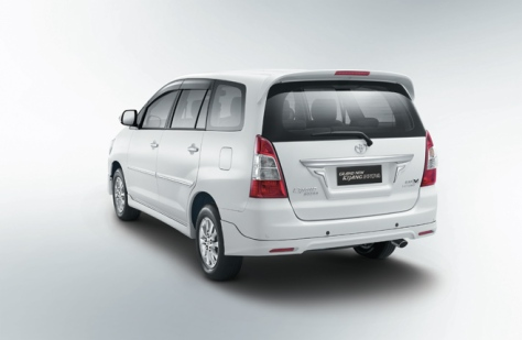 Toyota Kijang Innova (3)